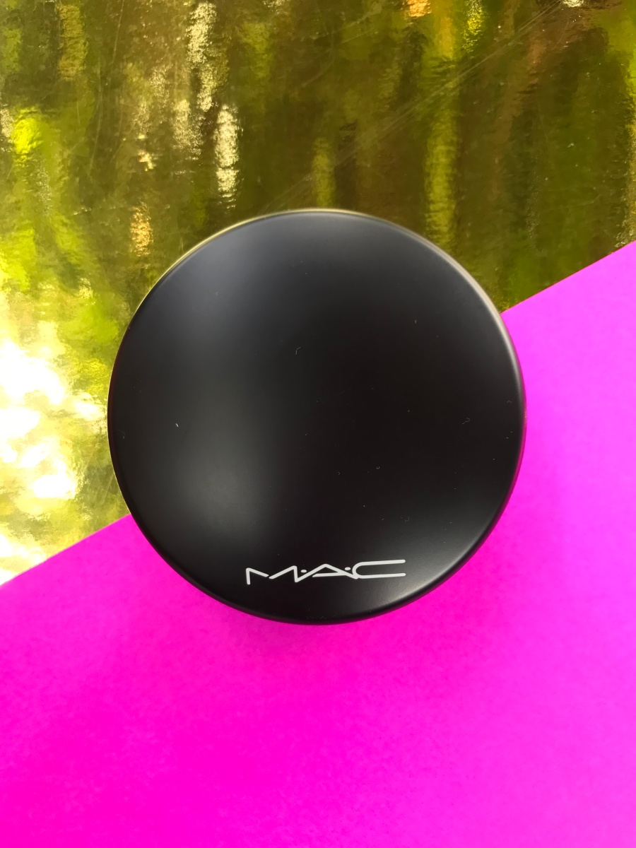 MAC Mineralize Skinfinish Natural: Your Skin But Better